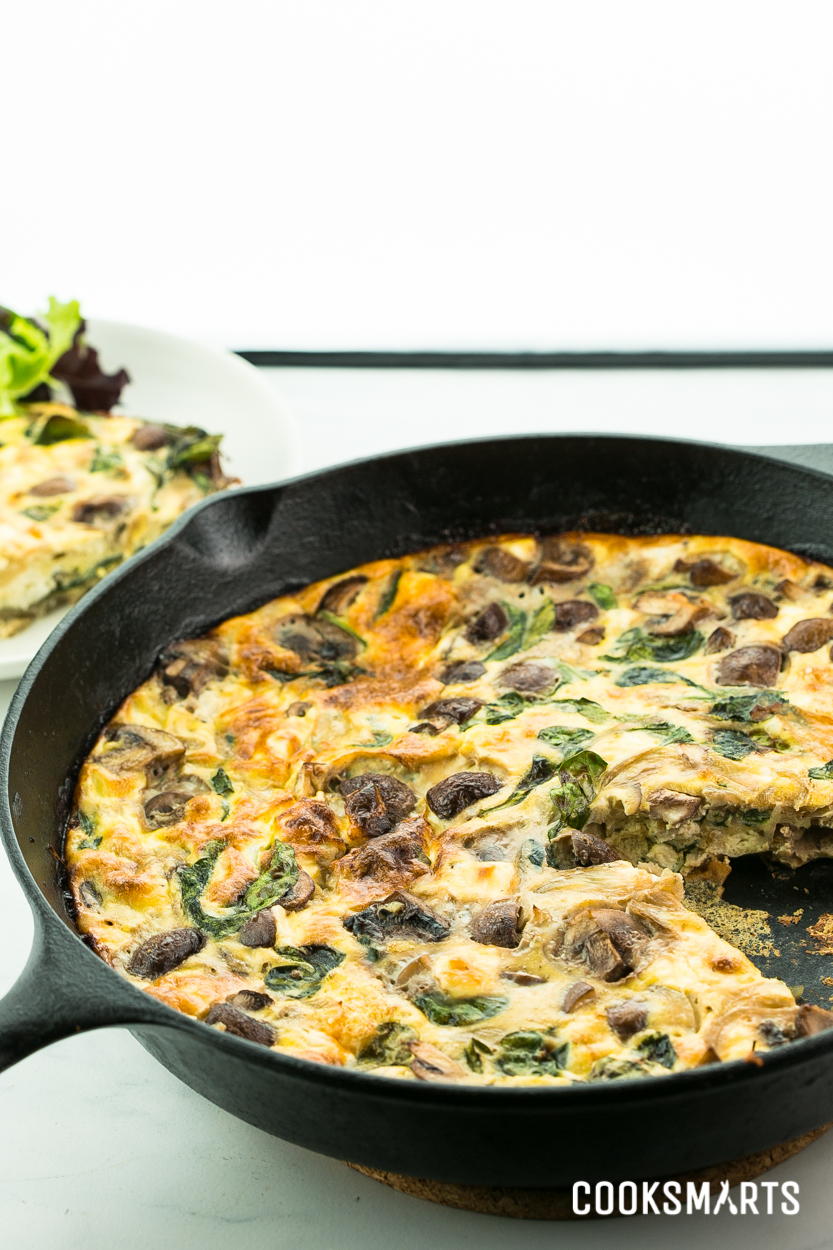 Weeknight Meals via @cooksmarts: Spinach, Mushroom, and Feta Frittata #recipe